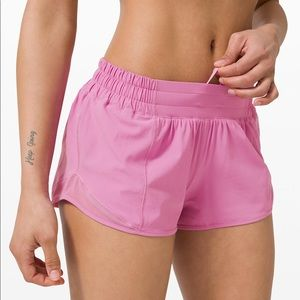 NWT Lululemon Hotty Hot Short Magenta Glow Pink 4